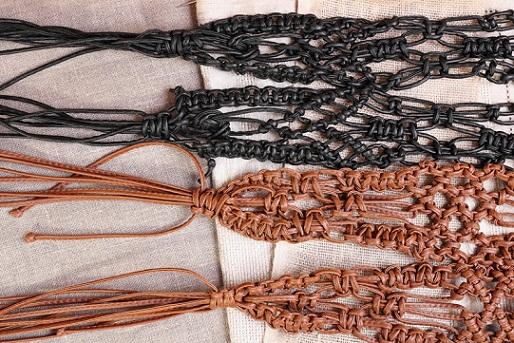 Feel vintage with belt