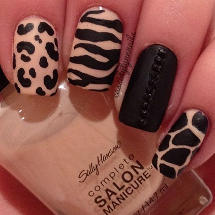 9 best leopard print nail art designs with images leopard nail art4 prinsesfo Gallery