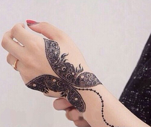 9 Ultimate Butterfly Mehndi Designs With Images Styles