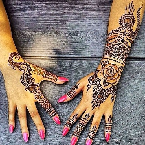 Different Henna Tattoos For Both Hands