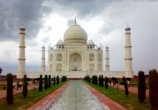 Honeymoon Places In India In October-Agra