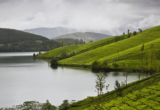 Honeymoon Places in Ooty-Avalanche