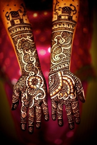 Mehendi Designs For Monsoon Wedding