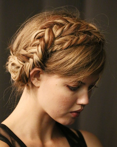 Hairstyles For Pregnant Woman - Milkmaid Hair Braid