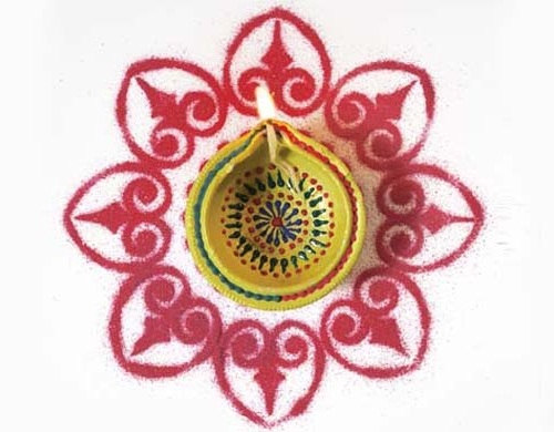 Hindu Rangoli Designs - The Red and White Rangoli Design