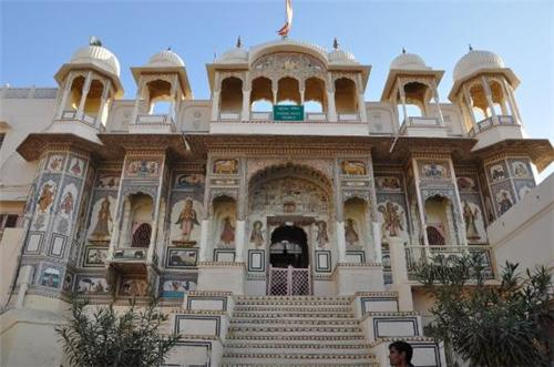 Sultanpur Palace