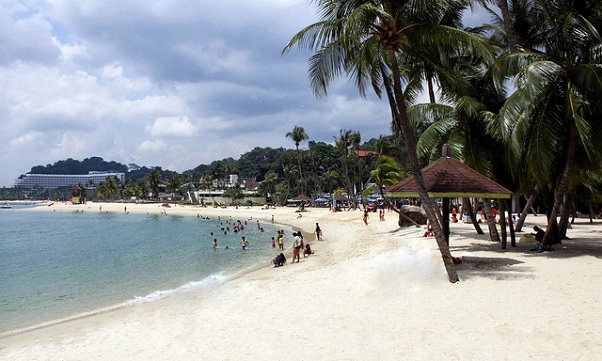 honeymoon-places-in-singapore_sentosa