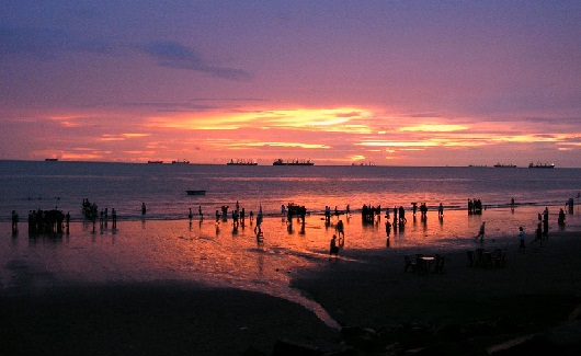 Honeymoon Places in Bangladesh--Patenga Beach
