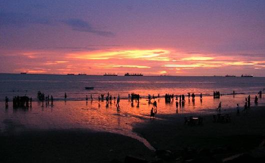 Honeymoon Places in Bangladesh--Patenga Beach