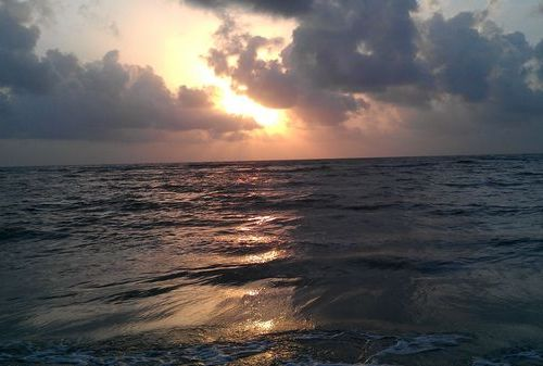 Aksa Beach, Malad