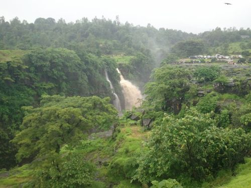 Honeymoon Places in Mumbai Bhandardara