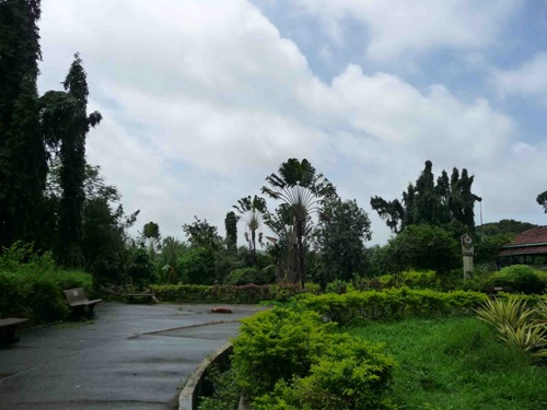 Honeymoon Places in Mumbai Chota Kashmir, Goregaon