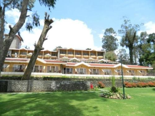 Honeymoon Places in kodaikanal Carlton Kodaikanal