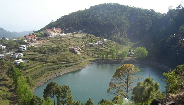 honeymoon-places-on-a-budget_nainital-uttarakhand