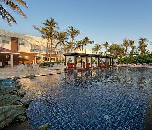 Honeymoon on a Private Beach Mayfair Palm Beach Resort