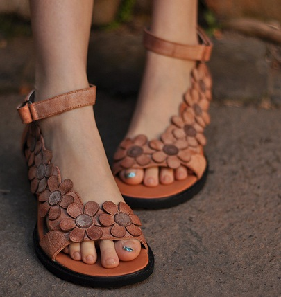 Top 18 Different Types Of Sandals with