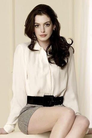 Anne Hathaway without makeup 8