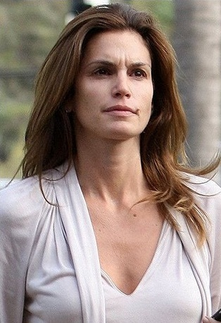 Cindy Crawford without makeup 5