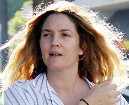 Drew Barrymore without makeup 3