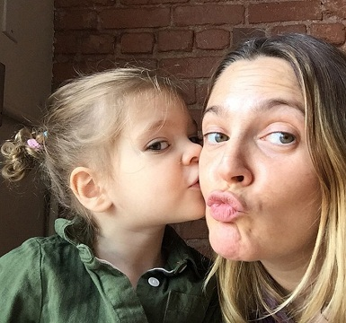 Drew Barrymore without makeup 5