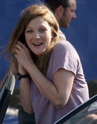 Drew Barrymore without makeup 8