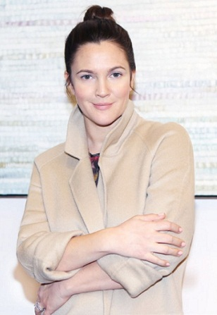 Drew Barrymore without makeup 9