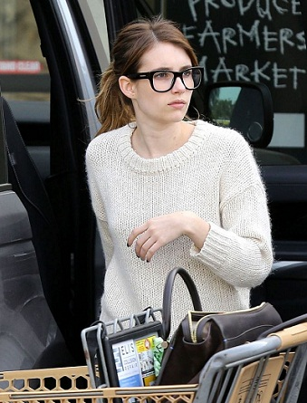 Emma Roberts without makeup 9