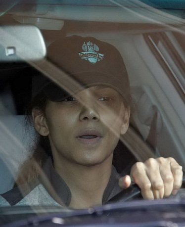 Halle Berry without makeup 7