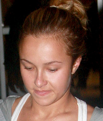 Hayden Panettiere without Makeup 2