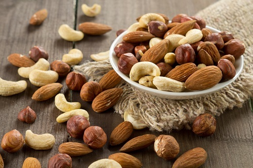 Healthy-Foods-For-Your-Third-Trimester-Diet-Seeds-and-Nuts