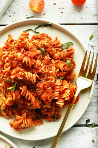 Healthy Recipes For Pregnant Women-Spicy Red Pasta with Lentils