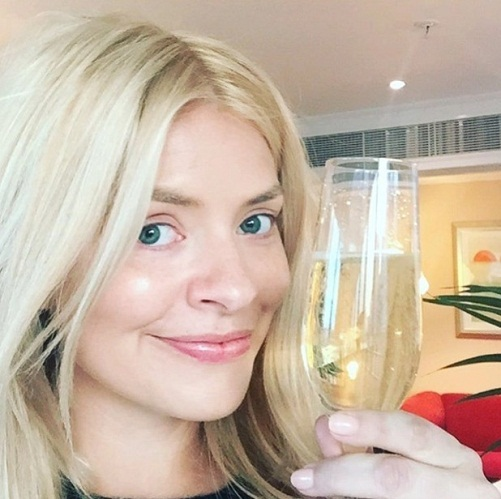 Holly Willoughby Without Makeup 5