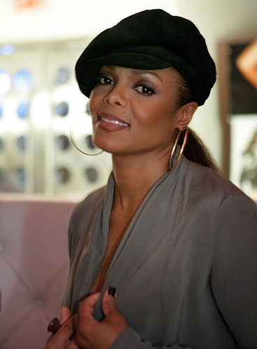 Janet Jackson Without Makeup 7