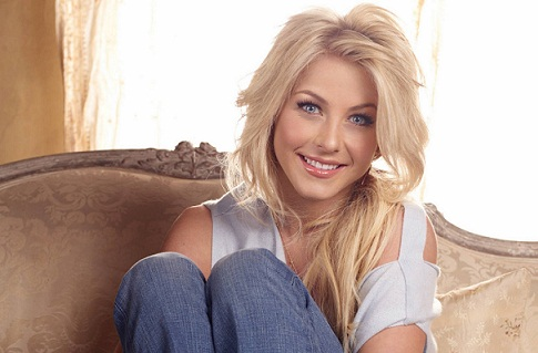 Julianne Hough without Makeup 2
