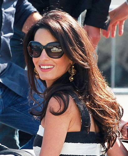 Top 9 Pictures of Amal Clooney Without Makeup | Styles At Life