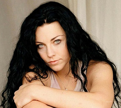 Amy Lee without makeup2