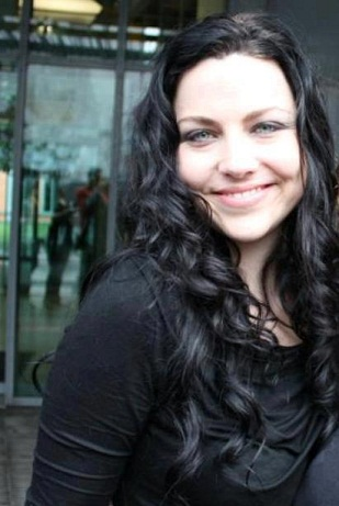 Amy Lee without makeup8