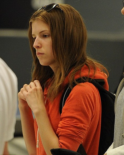 Anna Kendrick Without Makeup 2