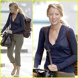 Blake Lively Without Makeup 13
