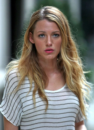 Blake Lively Without Makeup 6