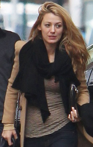 Blake Lively Without Makeup 8