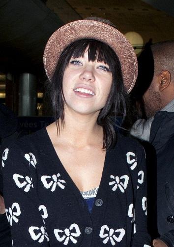 Carly Rae Jepsen Without Makeup 1