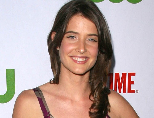 Cobie Smulders Without Makeup 7