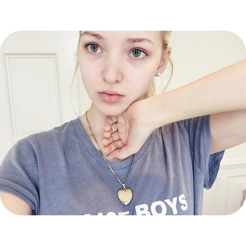 Dove Cameron Without Makeup 8