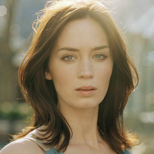 Emily Blunt Without Makeup 3