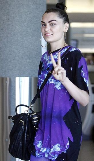 Jessie J without makeup 1