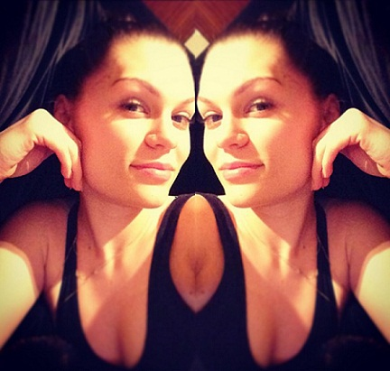 Jessie J without makeup 7