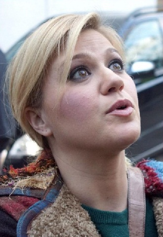 Kelly Clarkson without makeup6