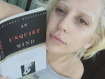 19 Quirky Images Of Lady Gaga Without Makeup