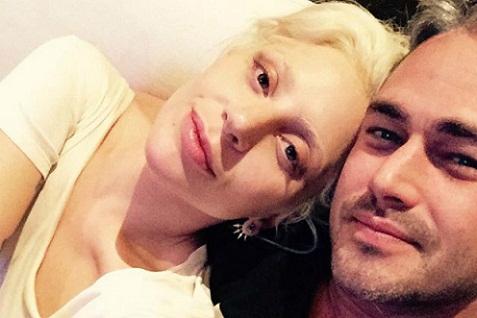 Lady Gaga No Makeup Natural Hair